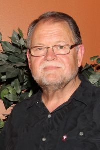 Dr. Gil Odendaal