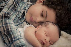 Ezra Shilo Lagognon Dago and brother Micah, 4